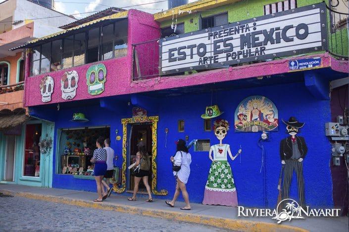 Esto es Mexico - This is Mexico storefront in Sayulita Riviera Nayarit